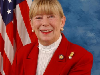 Rep. Carolyn McCarthy official House portrait