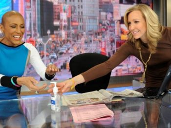 Robin Roberts on visit to GMA set