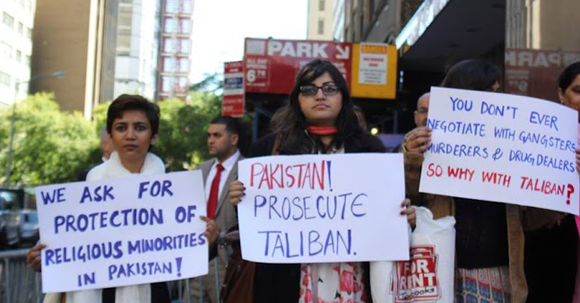 Gulalai Ismail protesting against Talibanization in New York in front of UN
