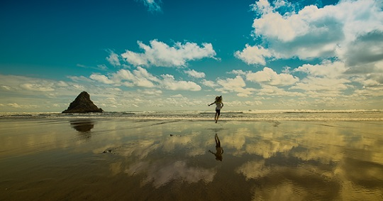 "Mimo Khair photo,""Daughter Lea in New Zealand"""