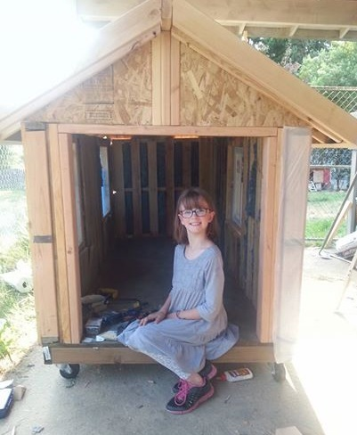 9-Year-Old Hailey Ford Builds Shelters for Homeless/huffingtonpost.com