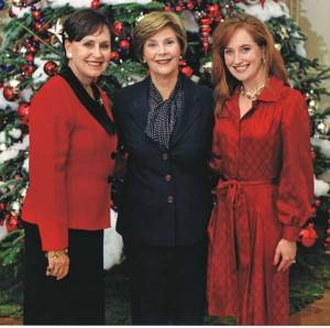 Coleen Christian Burke, mom Peggy Christian and Laura Bush at White House/Courtesy White House